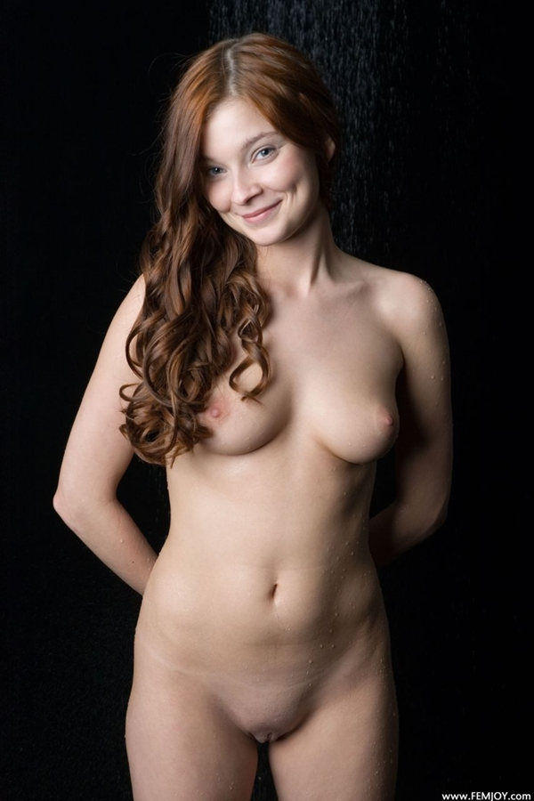 Nice Smile; Babe Shaved Pussy