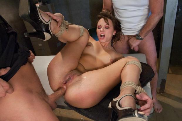 Фото ню жесткий секс