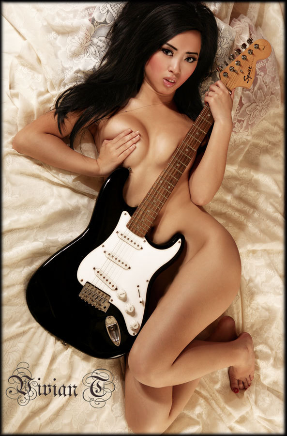 Shown At Eroticablog Eu Strumming My Pain With His