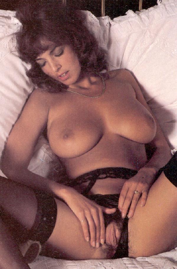Big Tits Brunette Titfuck