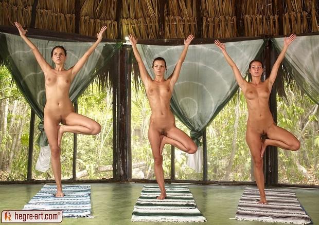 Девушки голые фото танцы