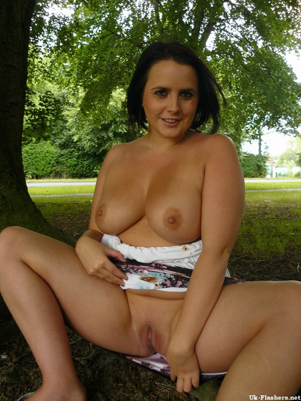 Amateur brunette milf british xxx hot 7
