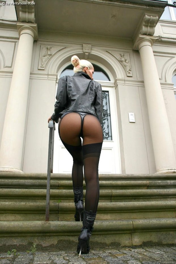 ...; Ass Athletic Babe Blonde Booty Butt Hot Sexy