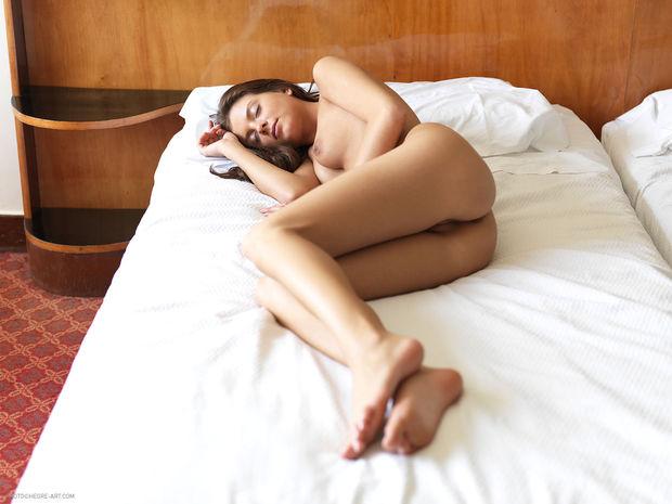 влагалище спящих девушек фото
