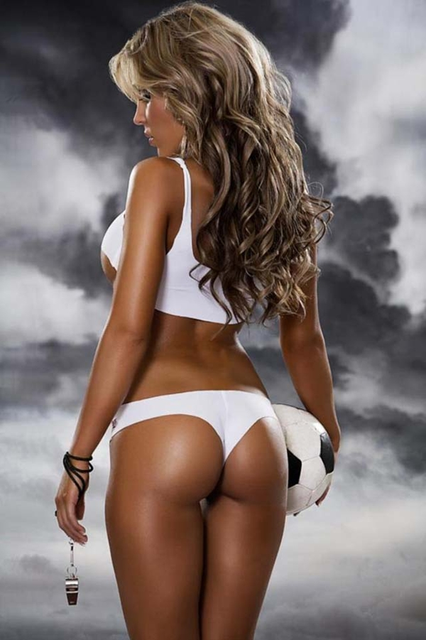 25 Hot Soccer Girls May Seize Your Heart - sexy girls,; SFW