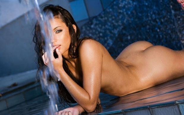 ...; Ass Athletic Babe Brunette Hot Wet