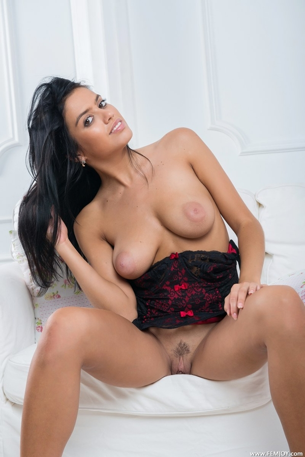 who; Babe Big Tits Hot Erotic Indian