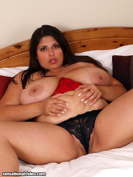 Sexy British Plumper Kerry Marie Naked; Hot British